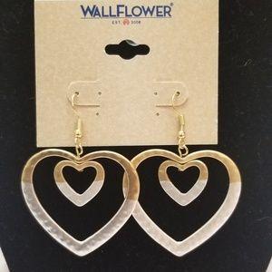 Wallflower Jewelry - Heart dangle earrings.